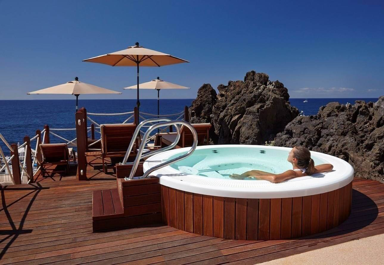 The Cliff Bay - Sea Level Jacuzzi