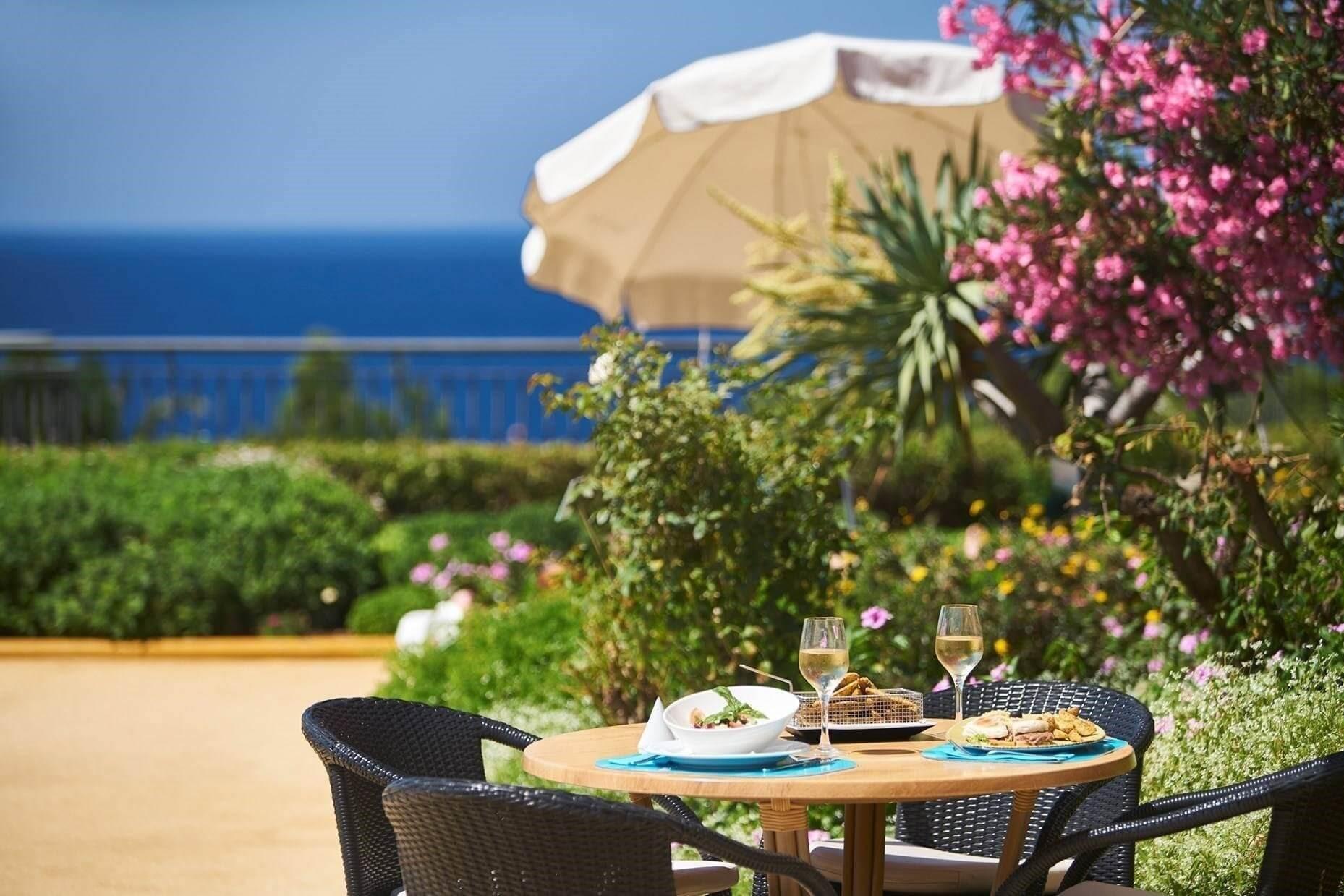 Resort Vila Porto Mare - Madeira - Bar Varanda